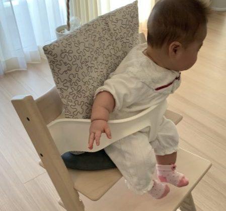 トリップトラップに5ヶ月の子供を座らせる方法