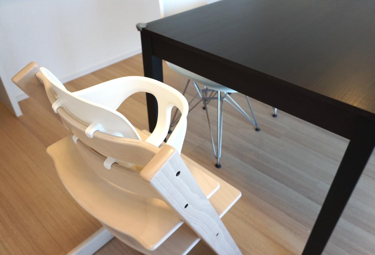 トリップトラップを部屋の内装や家具と合わせて色選びする