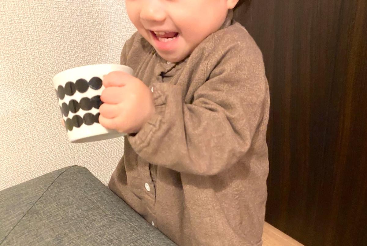 子供食器でマリメッコのカップをつくると、子供も喜んだ!